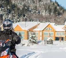 snowmobile-package-auberge-vieux-moulin