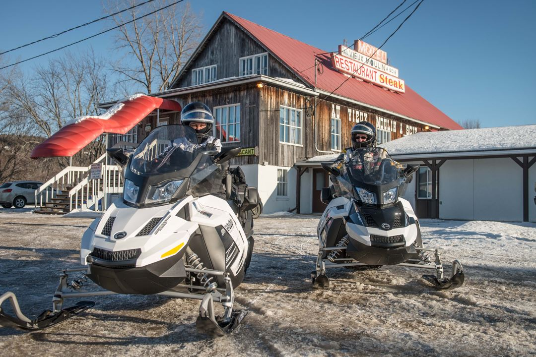motel-restaurant-vieux-moulin-scie-snowmobile