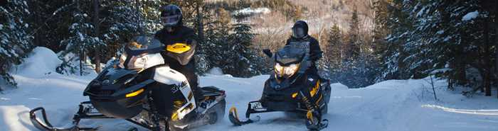 auberge-lac-thomas-snowmobile-rental